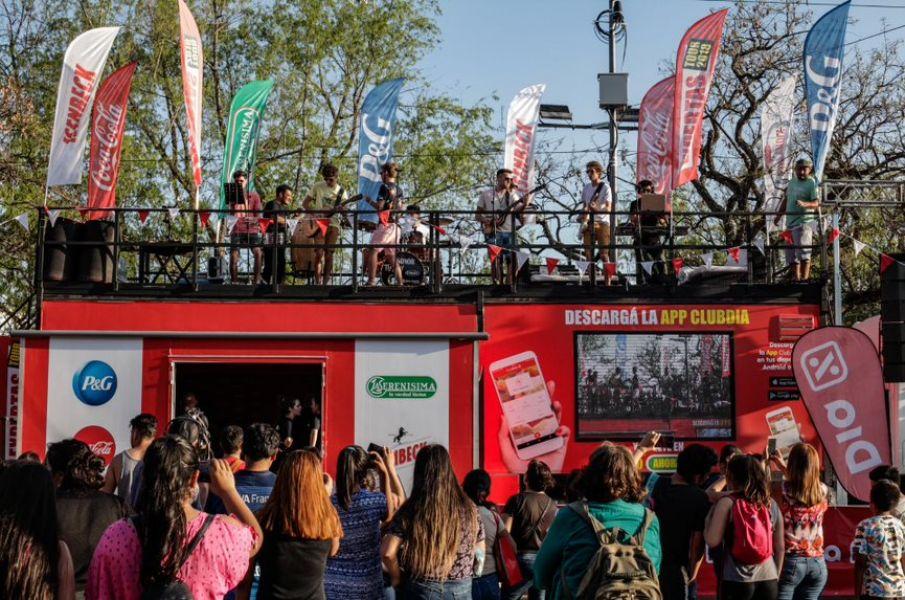 """En sus encuentros con sus """"Expertas en Ahorro"""", supermecado Día, llega con un camión promocional a Salta"""