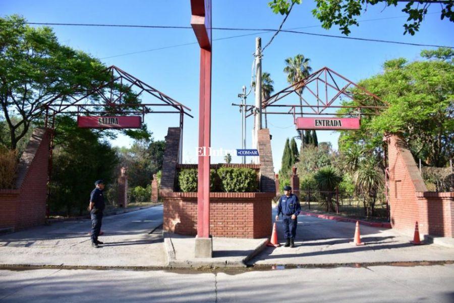 El Motel alojamiento de Villa Palacios hasta donde la víctima fue llevada por el femicida para cometer el hecho.