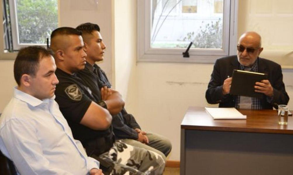 """El caso de """"gatillo fácil"""" por el cual están acusados dos policías culminará hoy con los alegatos y el veredicto del juez."""