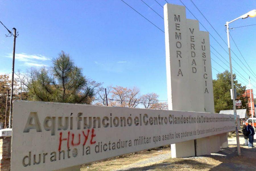 El Servicio Penitenciario Federal dispuso reabrir Campo de Mayo para alojar a represores. (Foto Tiempo Argentino).