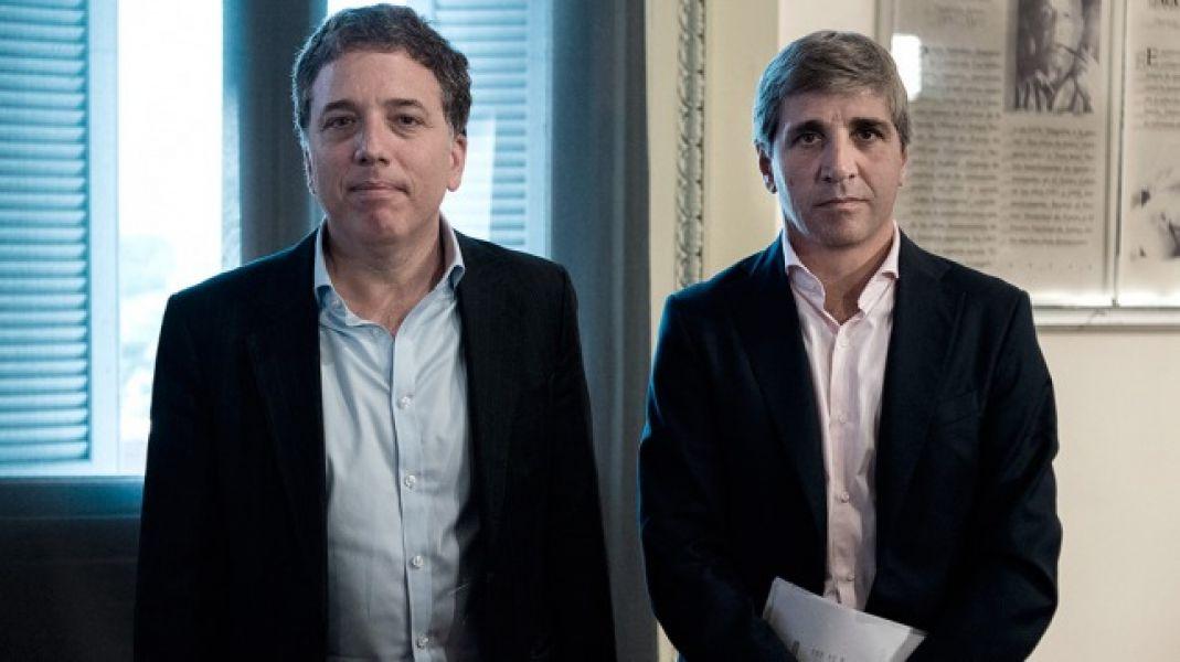 Nicolás Dujovne y Luis Caputo asumen hoy oficialmente sus cargos como funcionarios del Gobierno de Macri.