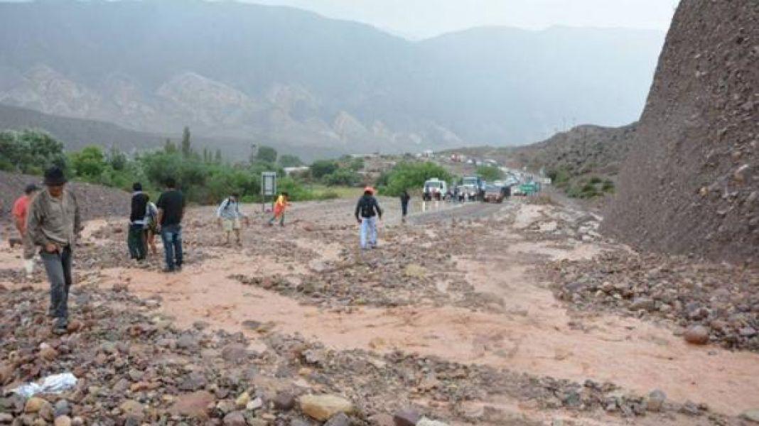 Este era el panorama en la ruta 9 que lleva a la zona de la Quebrada, quedó totalmente intransitable.