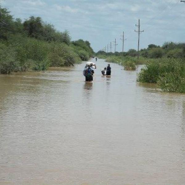 Desde la Estación de Villamontes hay alivio porque el río venía bajando aun así, las autoridades mantienen la alerta.