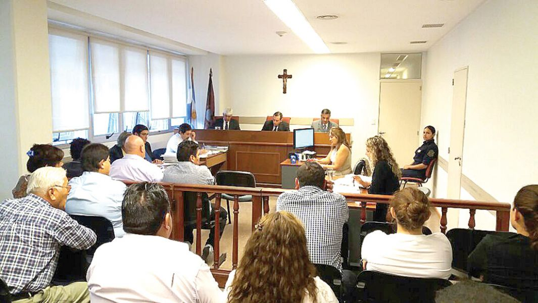 Día de alegados durante toda la jornada de ayer, con cruces argumentales entre la fiscalía y los defensores.