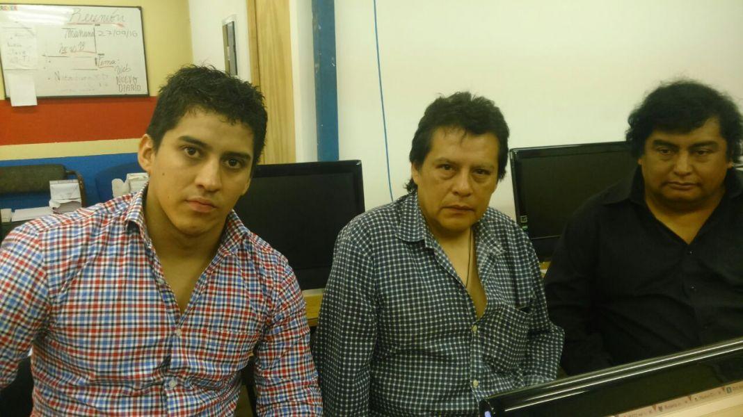 Maximiliano León, Jorge Mendoza y Walter León, ex remiseros quieren que las sanciones administrativas sean cambiadas por sanciones pecuniarias.