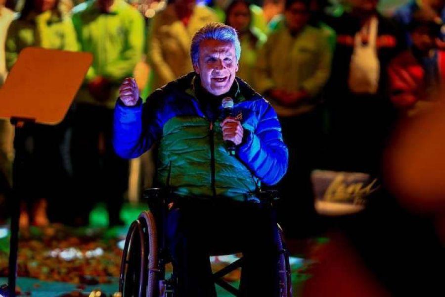 Lenín Moreno vicepresidente, candidato del oficialismo va adelante en los sondeos, (EFE/José Jácome).