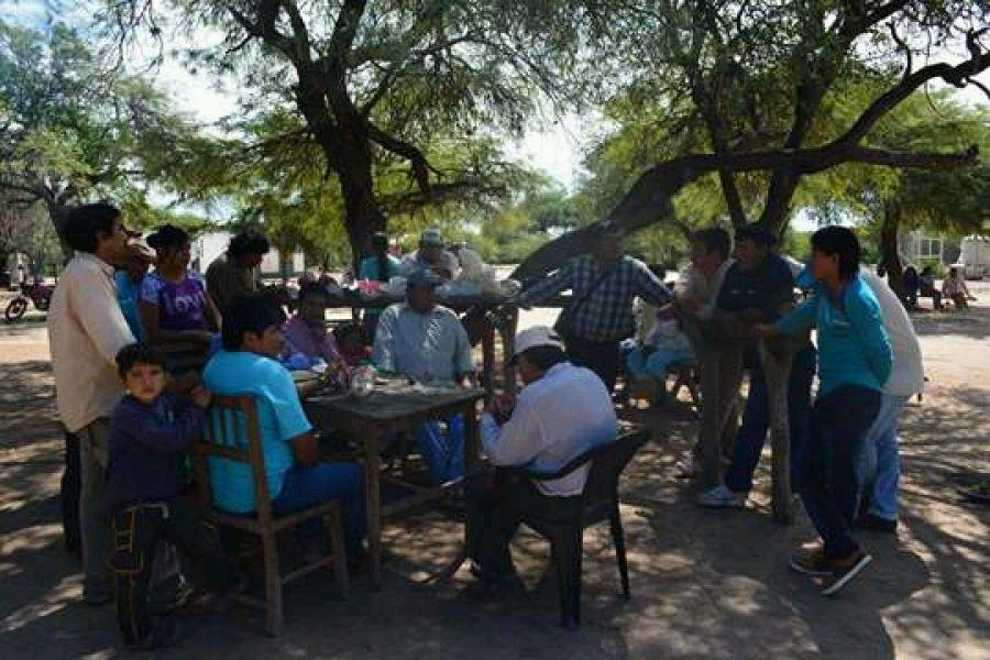 Asamblea de Comunidades Wichi de Rivadavia Banda Sur por el caso de tres caciques que son juzgados sin garantías procesales. (Foto Joaquín Vázquez).
