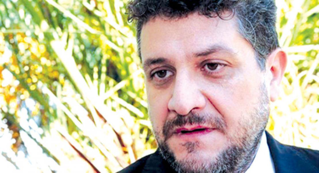 El Juez de la Plata Luis Federico Arias denuncia que lo quieren someter a juicio político por su ideología.