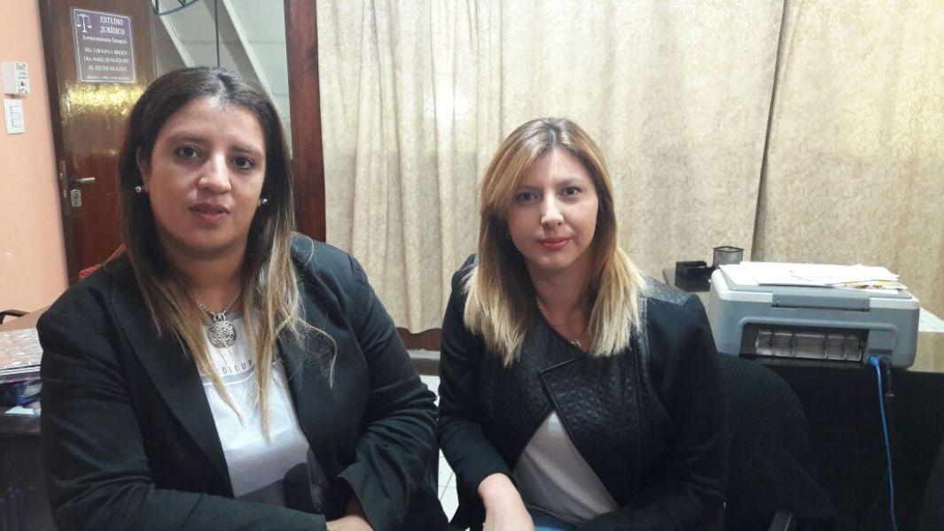 Abogadas Andrea Cortez y Lis Palavecino, representan a la familia de la nena en la querella que se sigue contra el imputado.