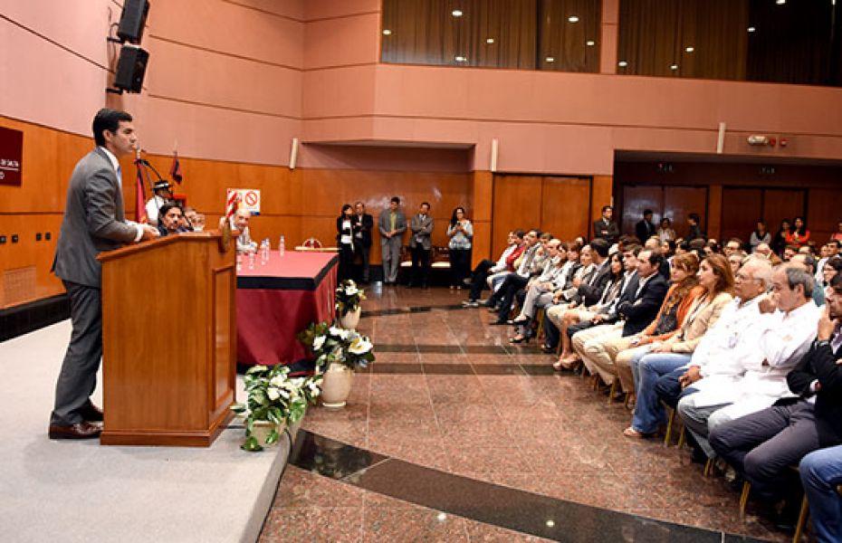 El gobernador concretó la inversión para la mejorar cuatro centros de salud cuyos trabajos comenzarán inmediatamente.