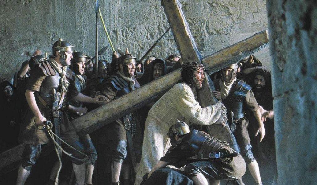 Más de 60 actores participan de la puesta en escena de la Pasión de Cristo en Villa Las Rosas.