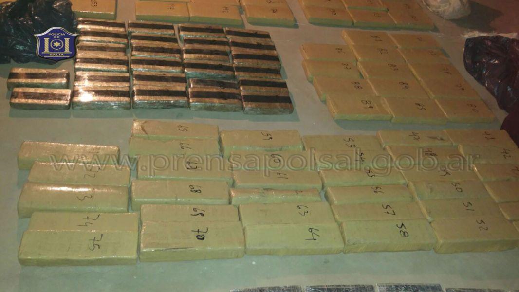 En los 2.500 procedimientos se desarticuló bandas narcos y en diversos allanamientos se secuestró 1.271 Kg. de droga.