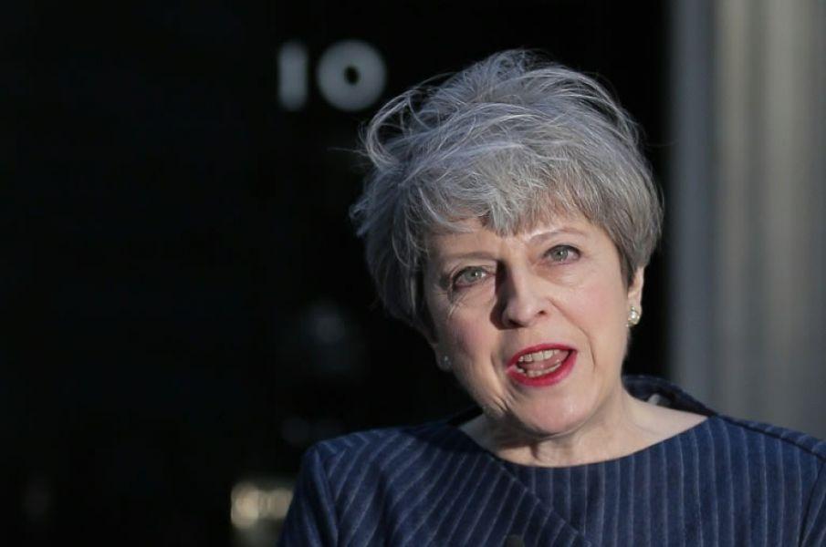 La primera ministra británica, Theresa May quiere reforzarse ante las negociaciones de salida de la Unión Europea.