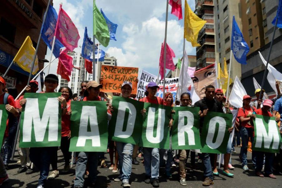 Marcha de apoyo al presidente de Venezuela, Nicolás Maduro, del 26 de abril de 2017, en Caracas (Foto AFP).