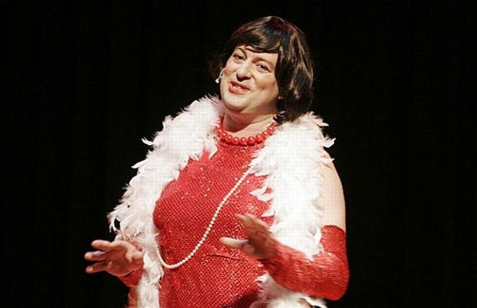 """Fabio Alberti en su personaje """"Boluda total"""", actuará en Salta el viernes 12 de mayo, en El Teatrino."""