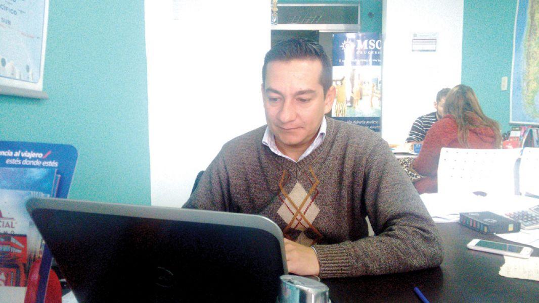 Javier Manrique, impulsor de la idea del Colegio de Profesionales del Turismo.