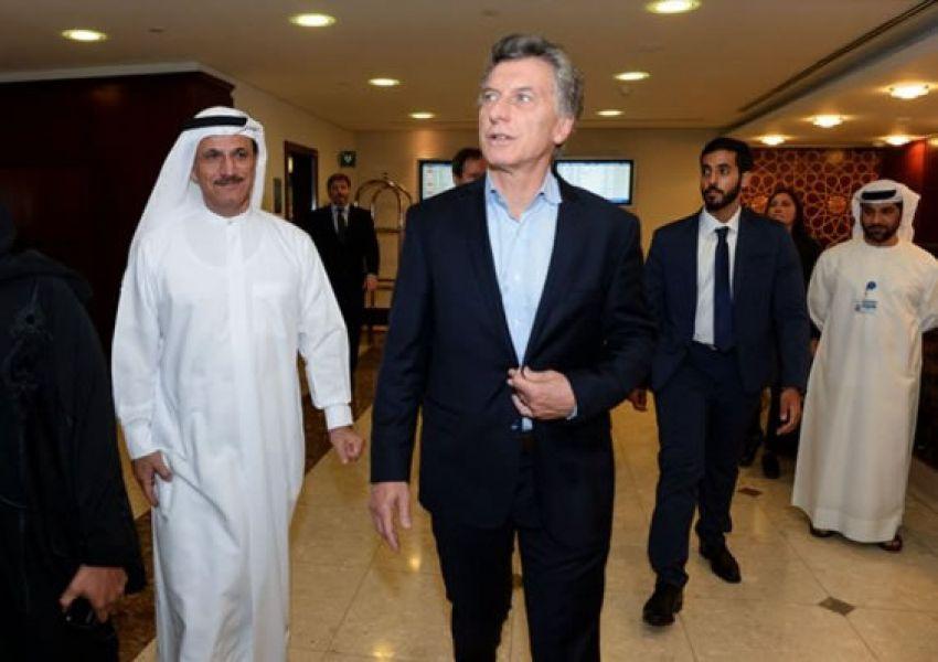 Macri arribó a Emiratos Árabes Unidos previo a su desembarco en China y Japón