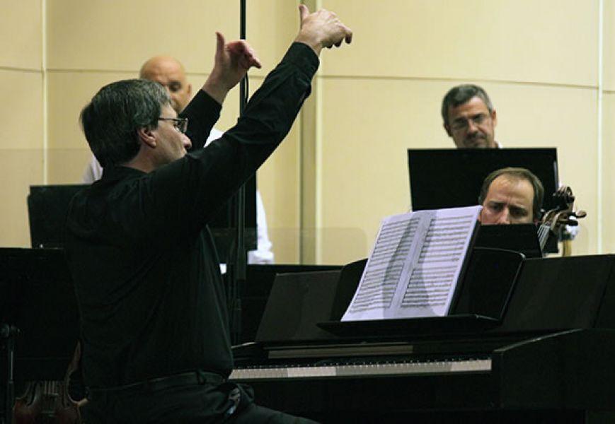 Jorge Lhez, director artístico del Festival Internacional de Música Barroca que se realizará en Salta a partir del jueves 18 de mayo.