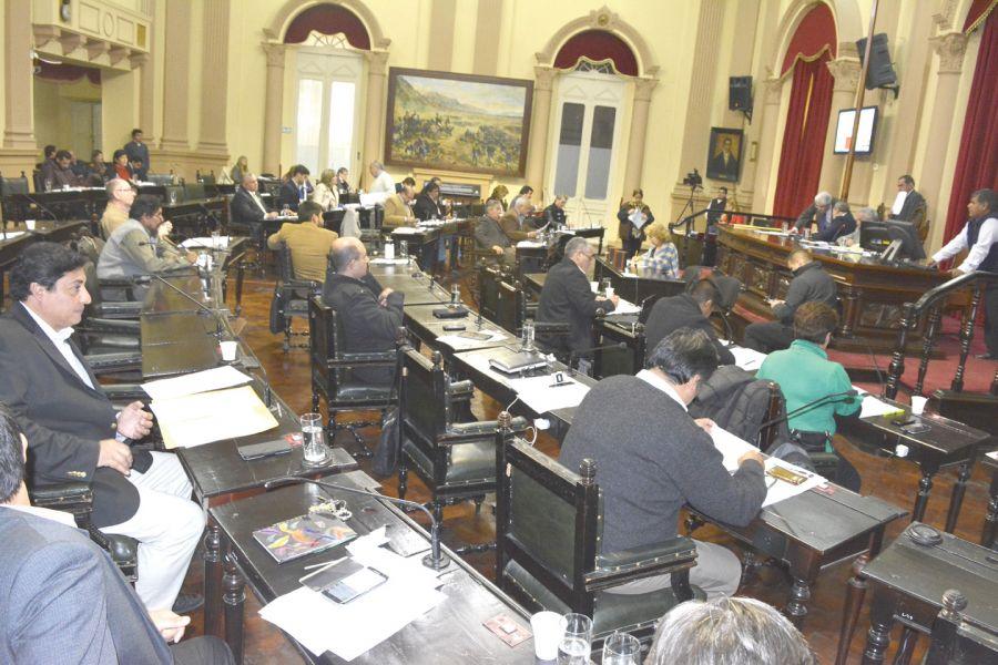Diputados recordaron la lucha que tuvieron las mujeres para acceder a los puestos vacantes de choferes de colectivos