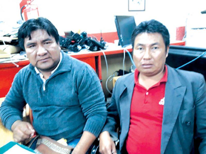 """""""Tenemosel acta firmada de toda la Comunidad que avala el pedido de cargos"""", dijeron Alejandro García y Hugo González, de la comunidad chorote."""
