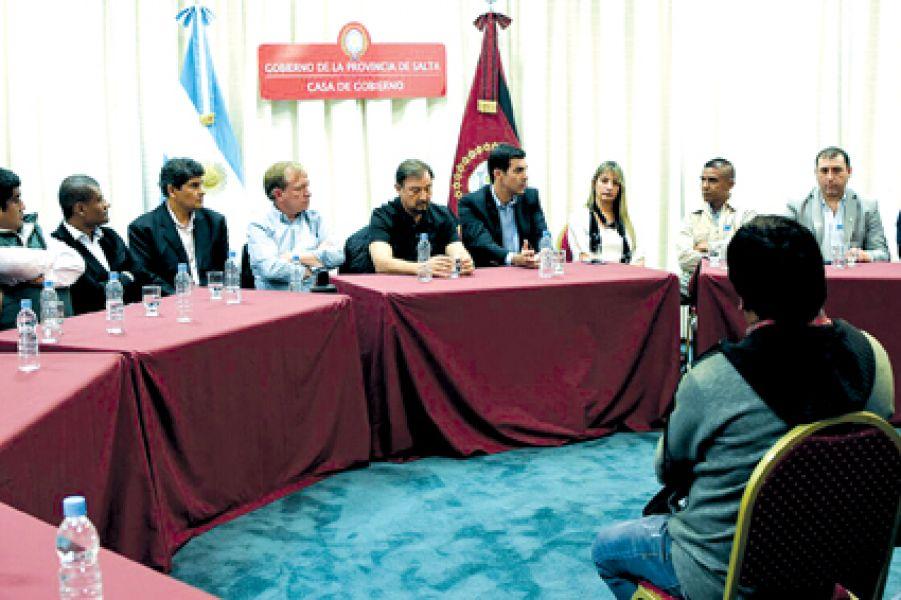 La reunión partidaria de los dirigentes justicialistas se realizó en el Grand Bourg.