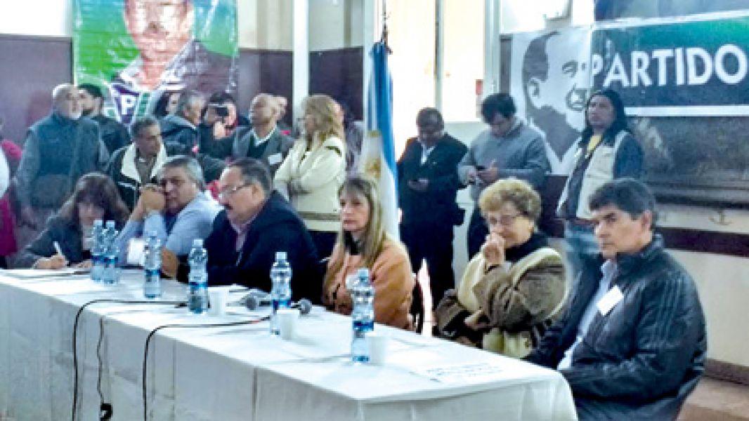 Dirigentes del Partido de la Vicoria (PV) en el último congreso realizado en Salta.