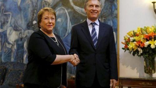 Michele Bachelet y Mauricio Macri.