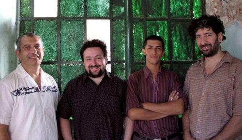 El cuarteto llega por primera vez a Salta para ofrecer un recital donde fusionan los sonidos del NOA y el Río de La Plata.