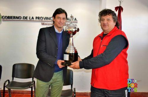 Sergio Plaza junto a Julio Mercado, presidente de Lavalle.