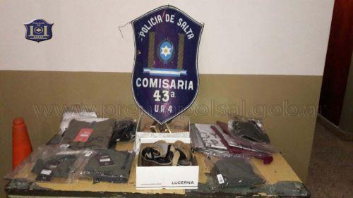 La policía recuperó varios elementos robados.