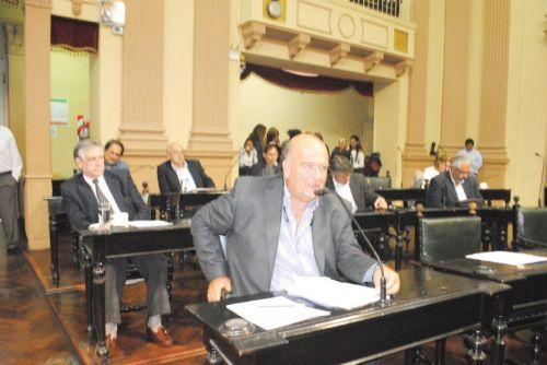 El proyecto de ley que aprobó el Senado vuelve a Diputados en revisión.