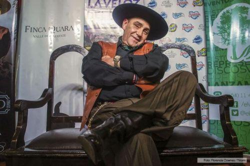"""El Chaqueño se atrevió a versionar temas de Yupanqui: """"Lo hice de corazón... de un criollo a otro criollo""""."""