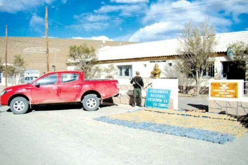 El cargamento era trasladado por dos ciudadanos bolivianos.