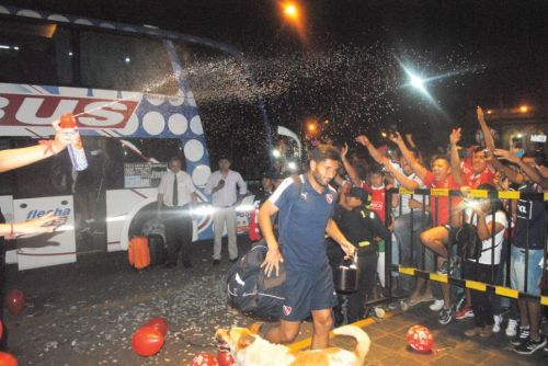 La Peña CAI Salta le dio una cálida recepción al equipo.