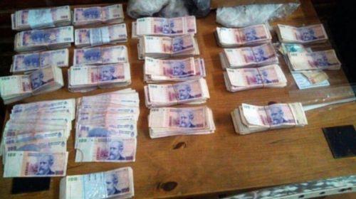 Además de las semillas se recuperaron 93 mil pesos.