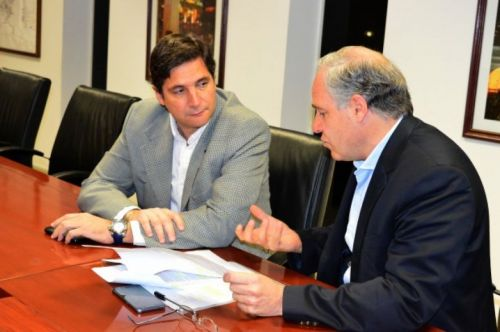 Nicolás Avellaneda y Matías Cánepa, ultiman detalles del proyecto.