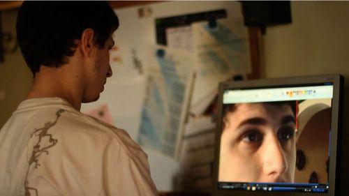 """Escena de """"Fausto también"""", sobre un joven con autismo en la universidad."""