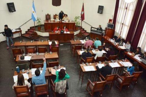 El Concejo Deliberante se interesó por la posible contaminación del río Arenales.