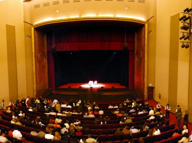 """Con el concierto """"Todos a la Platea"""" en el Teatro Provincial se rendirá homenaje al Cuchi Leguizamón y Ariel Ramirez."""