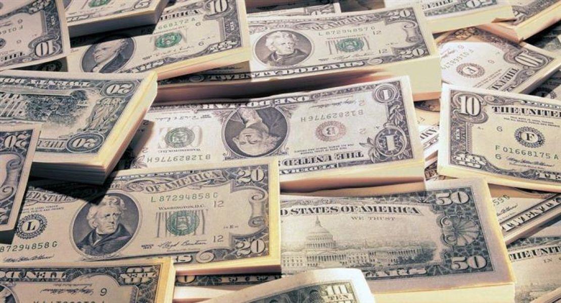 Se echó mano a las reservas para frenar la escalada del dólar que terminó estable en $20.55 al cierre de la semana.
