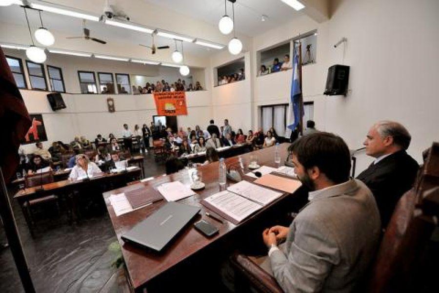 El cuerpo legislativo municipal aprobó la incorporación al organigrama municipal de la Jefatura de Gabinete.