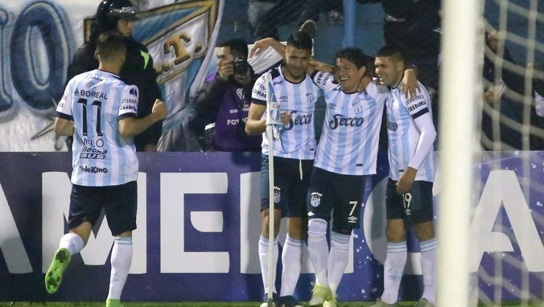 El Decano arranca de local la Copa Libertadores ante Libertad.  The Strongest y Peñarol, los otros rivales.