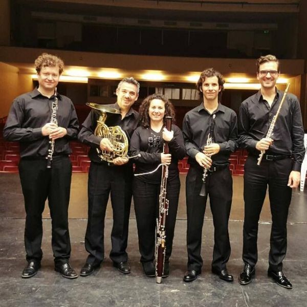 Quinteto de Vientos Salta integrado por solistas principales de la Orquesta Sinfónica de Salta en un concierto del Mozarteum Salta.
