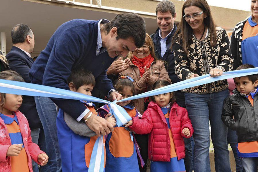 El gobernador habilitó otromódulo de nivel inicial de la escuela N° 4864 de J. V. González en el departamento Anta.