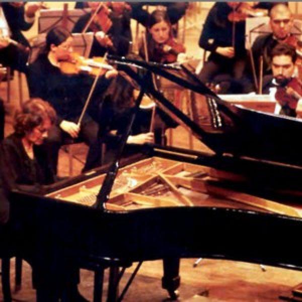 María Fernanda Bruno es la directora del Departamento de Música de Cámara.