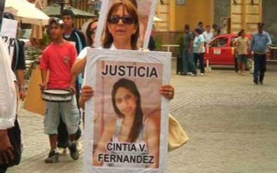 Ana Fernández, madre de Cintia, emprendió hace 7 años una lucha por justicia.