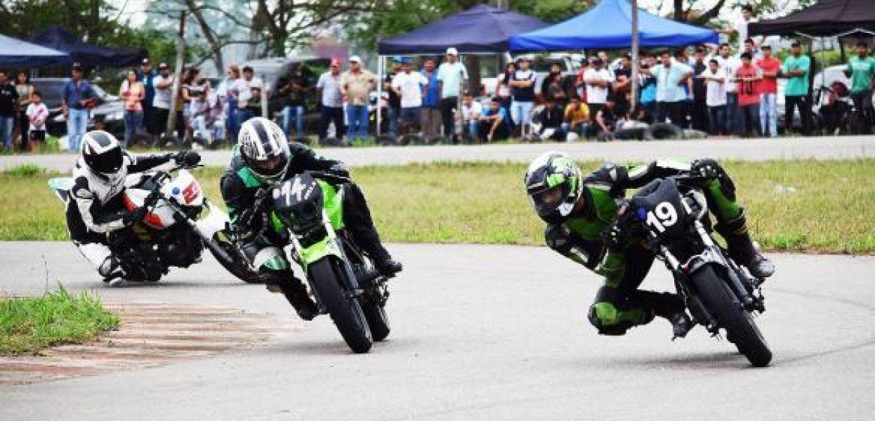 Las motos dieron un buen espectáculo en Orán.
