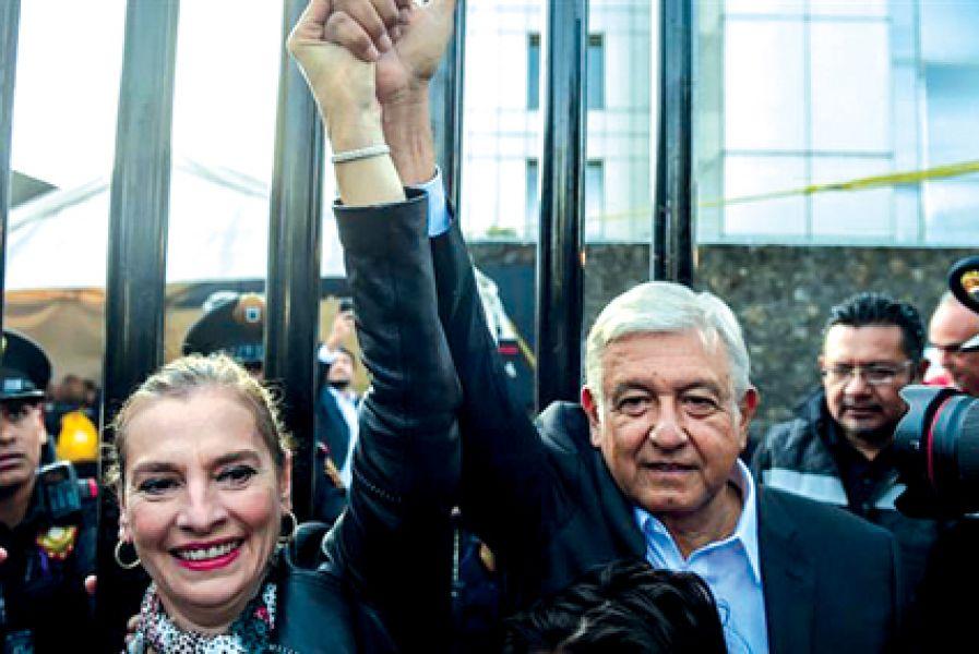 Andrés Manuel López Obrador ganó con el 53,7% de los votos. Primera vez en la historia de México que la izquierda llega a la presidencia.
