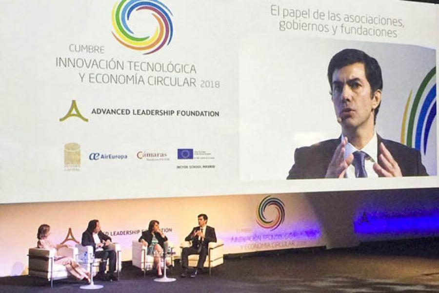 El gobernador Urtubey disertó en Madrid en la Cumbre Innovación Tecnológica y Economía Circular.