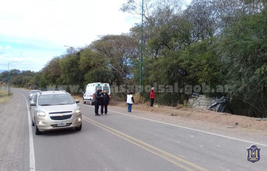 El vuelco de un auto se produjo en el kilómetro 135 de la ruta 68.